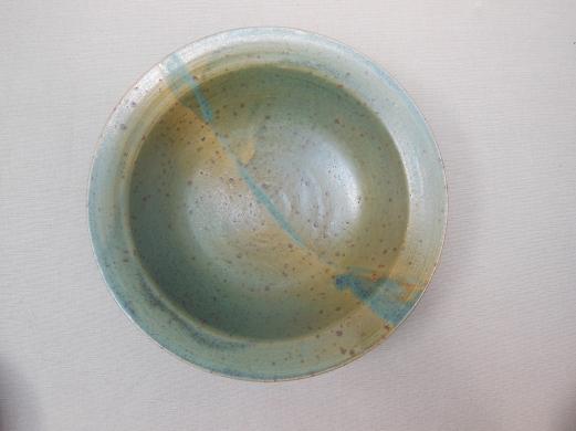 Tiefer Teller, grün/hell, 18x4cm, 14 Euro